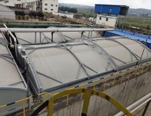 浅议应用反吊膜污水池加盖的优点